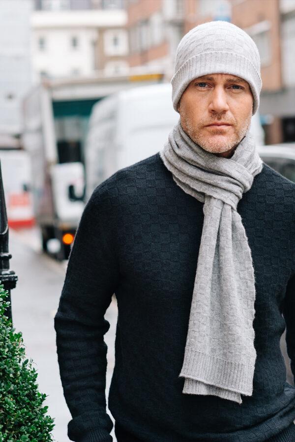 Flynn Men's Cashmere Basket Weave Scarf in Grey MrQuintessential