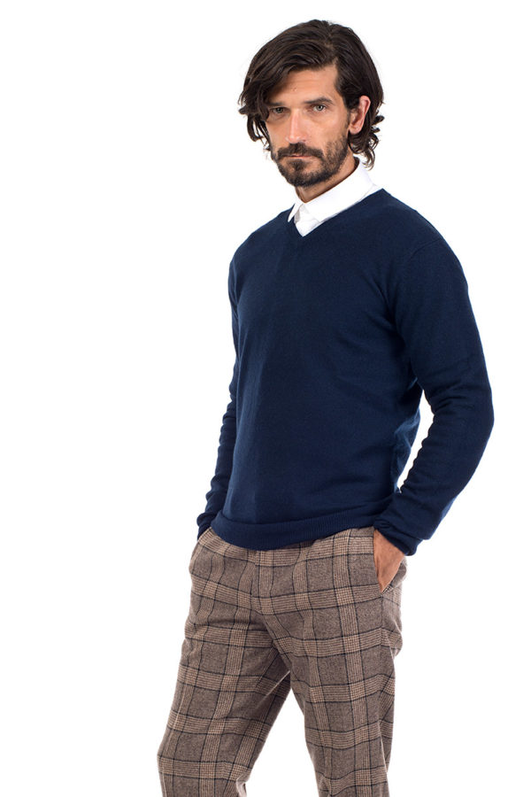 Killington Cashmere V Neck Sweater - Navy MrQuintessential