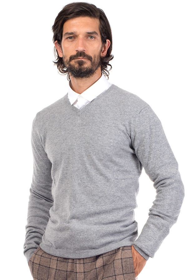 Killington Cashmere V Neck Sweater- Silver Grey MrQuintessential